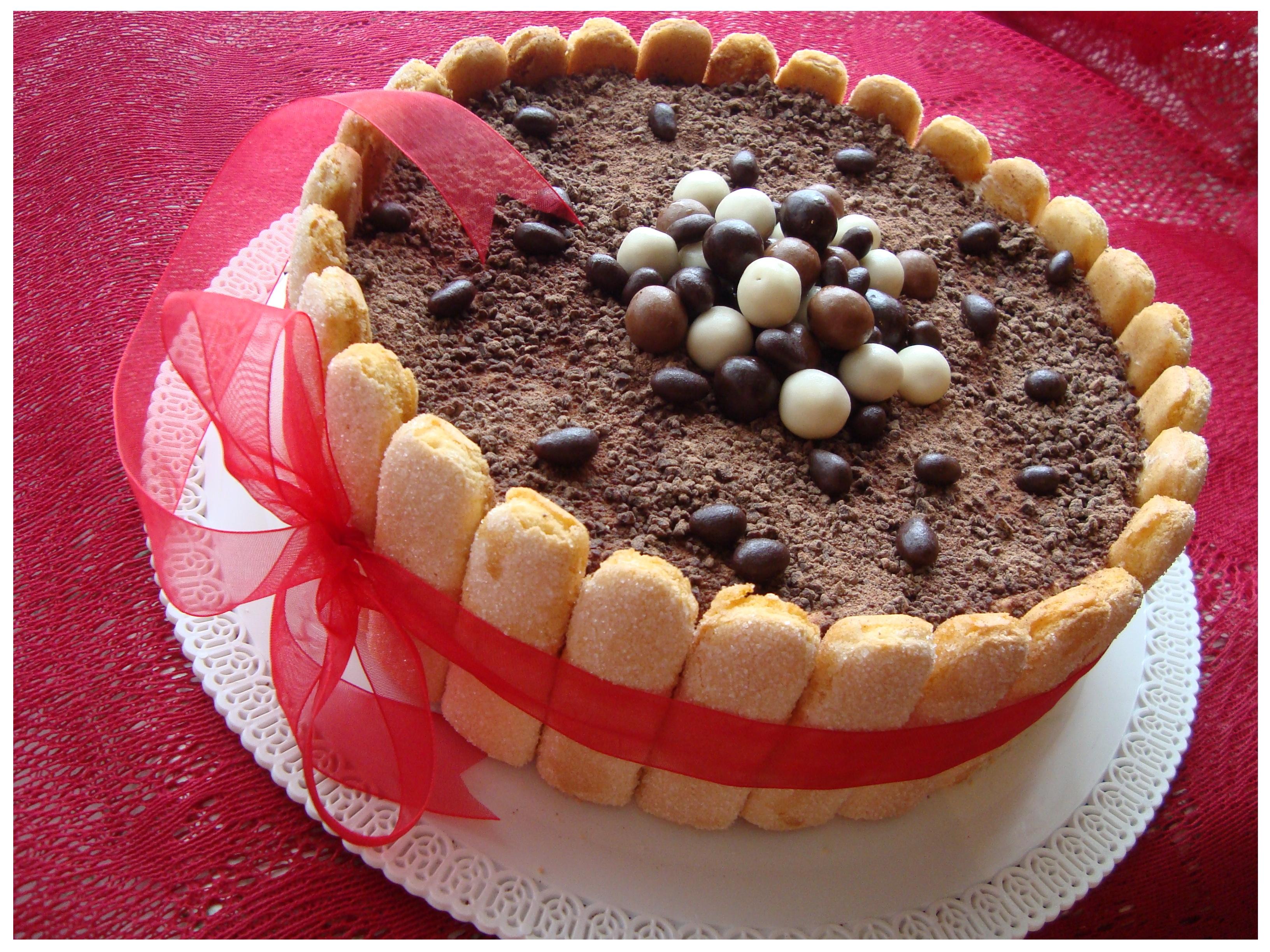 Tiramisu sūrio tortas (1)