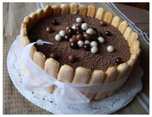 Varškės tortas su Snickers šokoladukais (1)